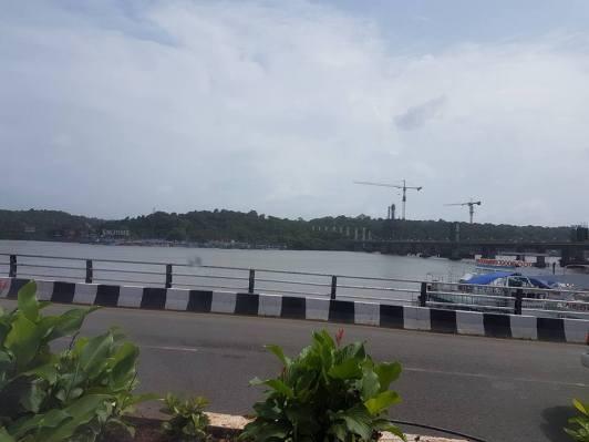 Mandovi River