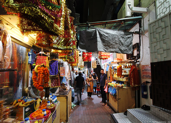 temple-bazaar-shops