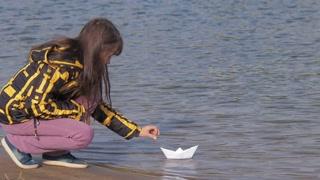 paper boat1